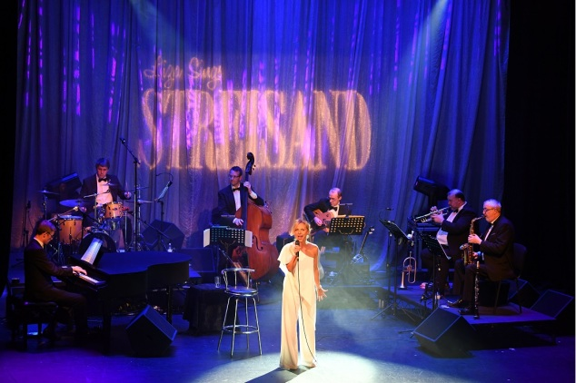 Liza sings Streisand The Regent Christchurch Sunday 15th October 2017